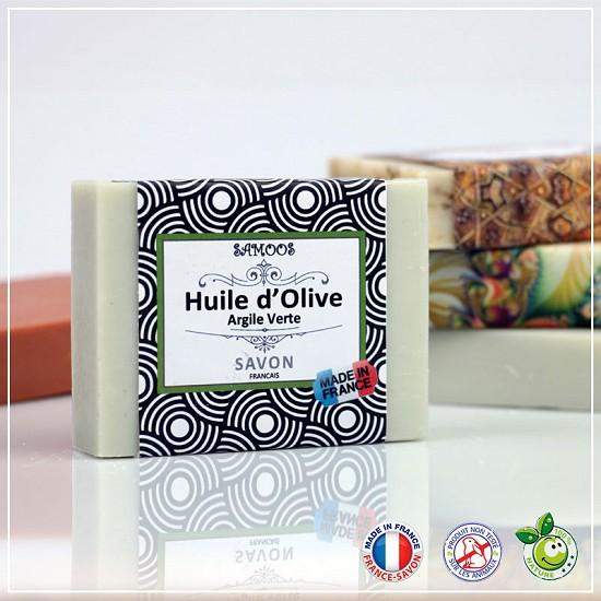 Savon à l'Huile d'Olive Vierge environ 100 grammes issue d'une première pression à froid . Ce savon est enrichi à l'argile verte