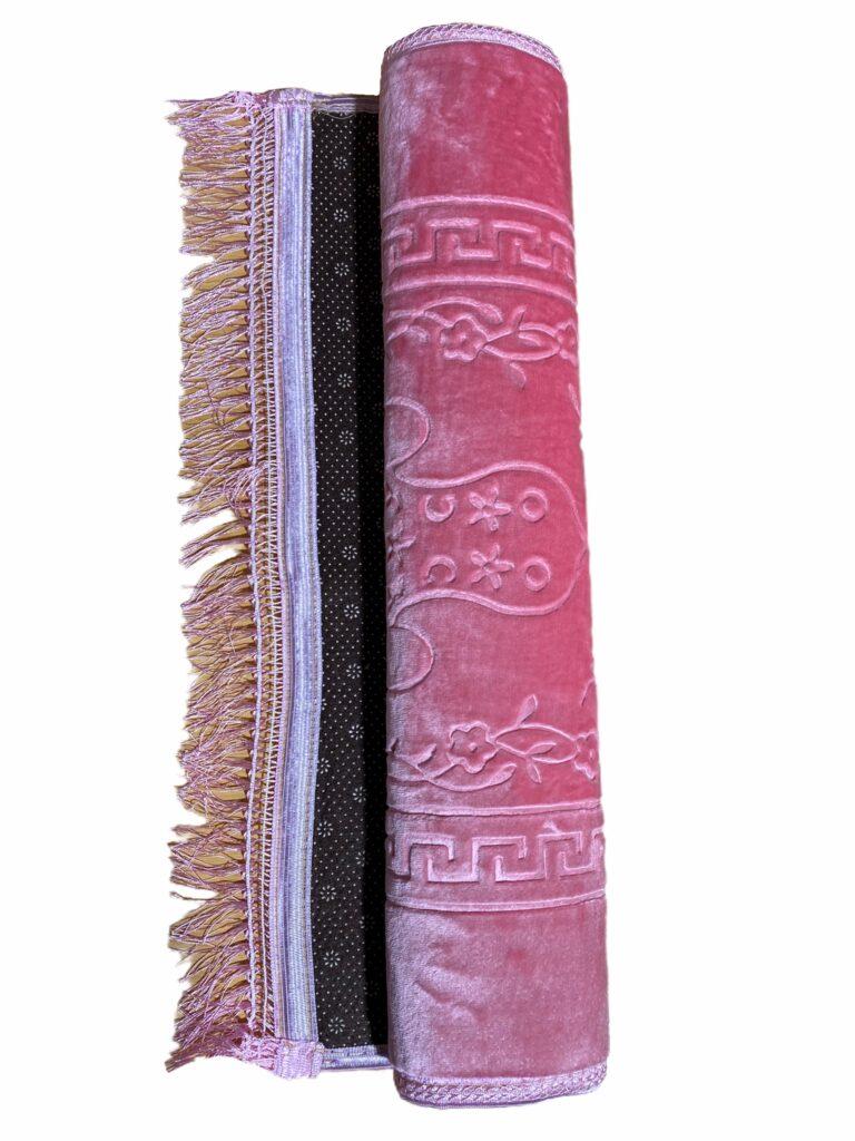 Grand Tapis De Prière Rose Épais (80 x 120 cm) avec dessous antidérapant. Très doux au toucher avec des motifs sous forme de Mihrab ou autre
