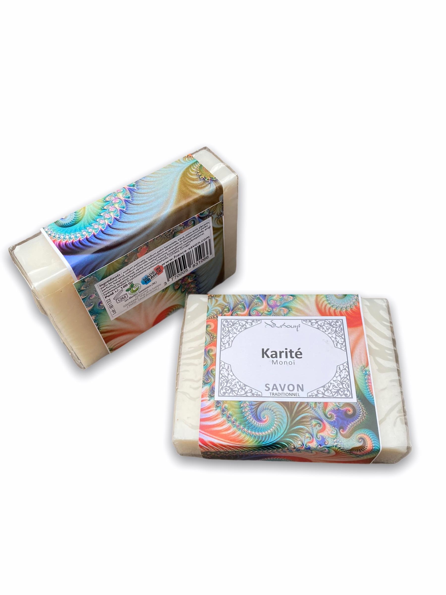 Savon Traditionnel Karité Monoï nettoie en douceur la peau. Son doux parfum monoï est léger et laisse un voile soyeux sur la peau